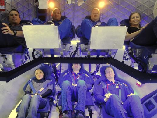 647337main_spacex_crew_cropped_516-387.jpg