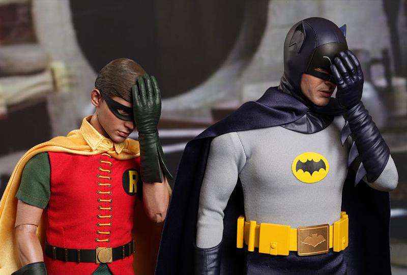 batman_and_robin_1966_action_figures_hot_toys_3.jpg