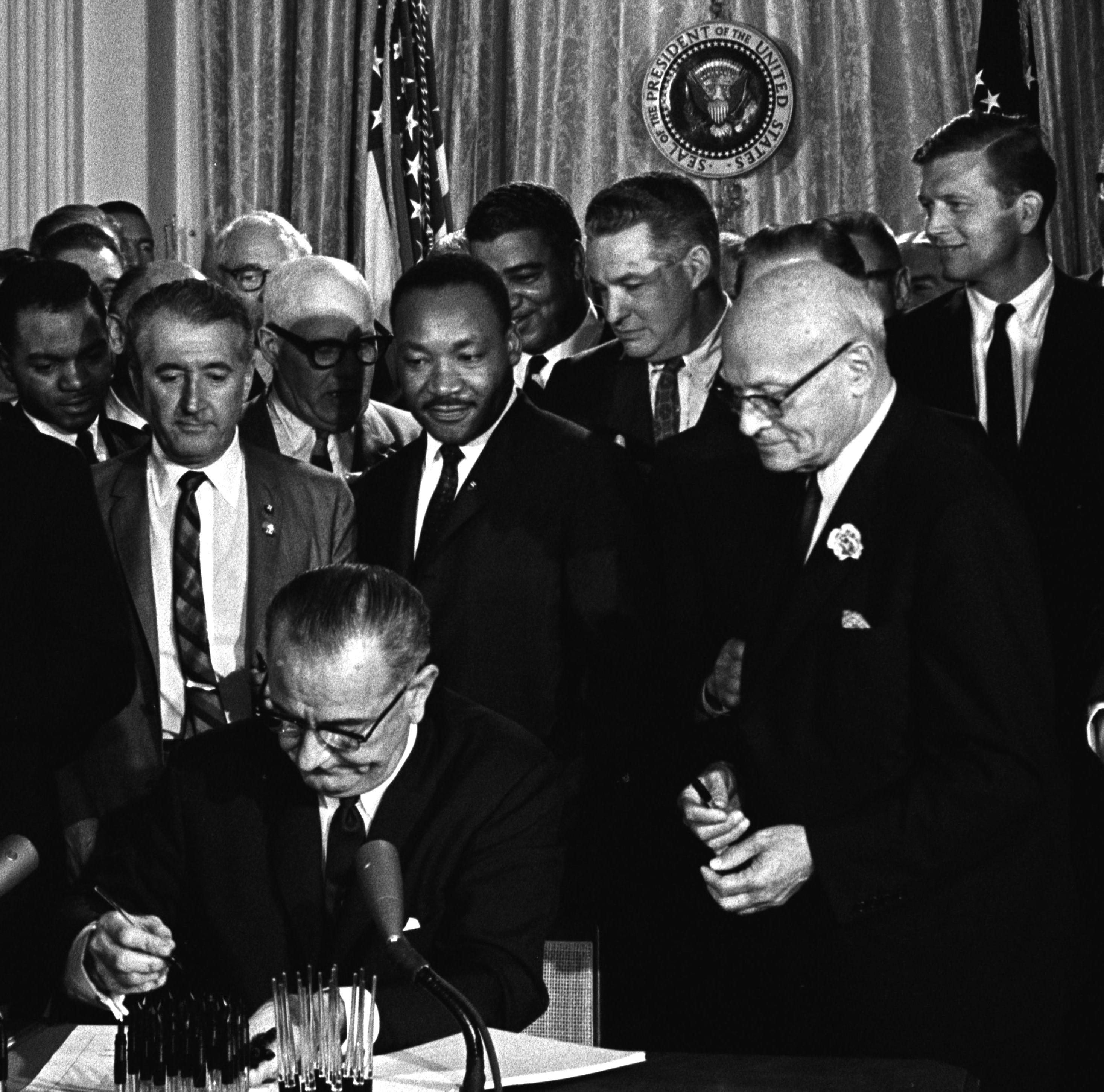 best_lyndon_johnson_signing_civil_rights_act.jpg