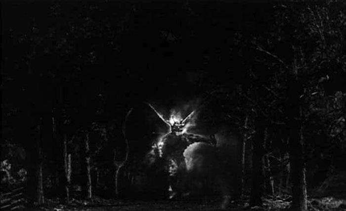 night-of-the-demon-tourneur.jpg